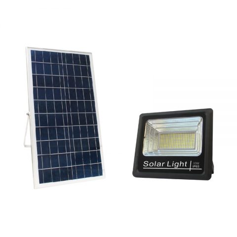 80w solar powered outdoor floodlight for industrial zone lighting